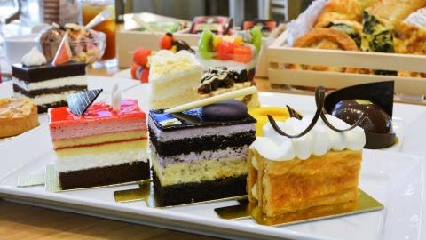 6 ร้านบุฟเฟ่ต์เค้ก กินกี่ชิ้นก็ได้เท่าที่พุงต้องการ (เรื่องผอมไว้ก่อนเนอะ)