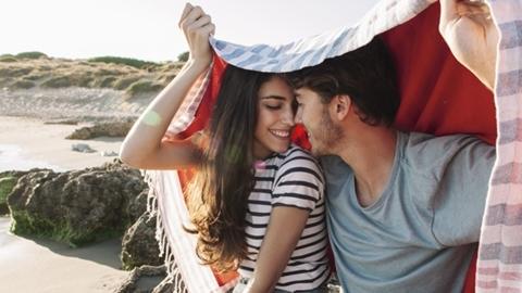 5 วิธีอ่อยแฟนให้หลงรักคุณทุกวัน ถึงจะคบกันมานานก็ไม่มีเบื่อ