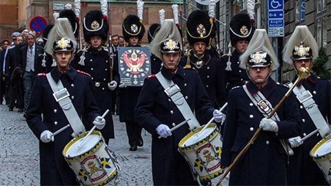 สวีเดน ถวายพระเกียรติยศแด่ ในหลวง ร.9 ทรงเป็นอัศวินแห่งราชวงศ์สวีเดน