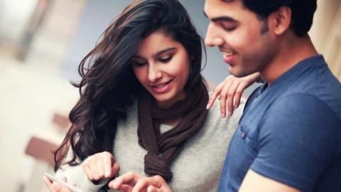 ความสัมพันธ์อาจสั่นคลอน หากคุณเริ่มมีความรู้สึกอิจฉาคู่รักคู่อื่น
