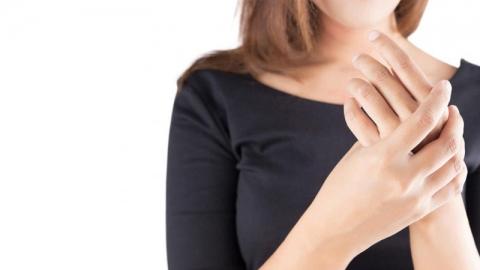 อาการชาตามปลายนิ้วมือ นิ้วเท้า เสี่ยงเป็นโรคอะไรได้บ้าง?