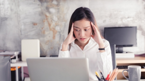 สำรวจตัวเองด่วน! เรา ''เครียด'' กับงานเกินไปหรือเปล่า?