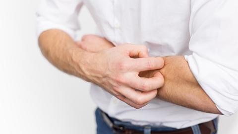 มารู้จักกับลักษณะของ โรคหูด เป็นแล้วมีวิธีรักษาอย่างไร?