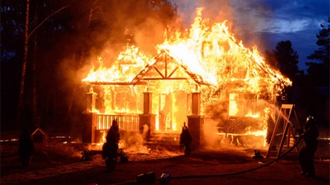 ควรรู้! วิธีเอาตัวรอด เมื่อไฟไหม้ มีประโยชน์มาก