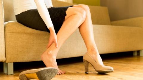 วิธีแก้ปวดขา คลายกล้ามเนื้อที่เกร็งปวดเพราะยืนนานๆ