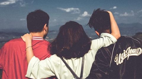 ความสัมพันธ์รักที่มากกว่า 2 คน