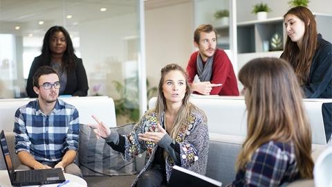 คนนิสัยไม่ดี เข้ากับเพื่อนร่วมงานได้ยาก ดูจะได้ดิบได้ดีในเรื่องงาน ทำไมถึงเป็นเช่นนั้น?