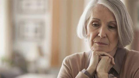 เมื่ออายุมากขึ้น จงแคร์คนอื่นให้น้อยลง แล้วใส่ใจตัวเองให้มากขึ้น