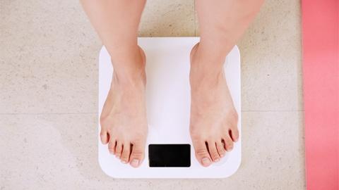 เหตุผลที่คุณอาจไม่เคยรู้ ว่ามันเป็นสาเหตุที่ทำให้น้ำหนักไม่ลง!