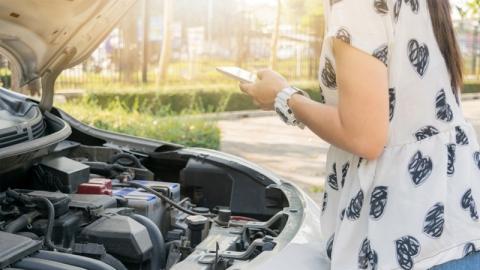 วิธีดูแลรถด้วยตัวเอง ในแบบฉบับที่สาวๆ ต้องมีติดไว้เป็นความรู้!