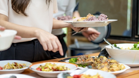 อาหารต้องระวังช่วงหน้าร้อนก่อนจะทานต้องเช็คให้ดี