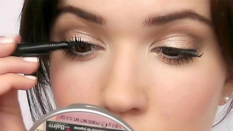 เทคนิคติดขนตาปลอมอย่างง่ายดายคล้ายกับ Make Up Artist มืออาชีพ