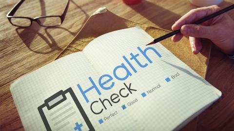 ตรวจสุขภาพสำคัญอย่างไร จำเป็นต้องตรวจหรือไม่ เริ่มตรวจตั้งแต่อายุเท่าไรดี?
