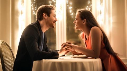 5 สิ่งที่หนุ่ม ๆ ต้องสังเกตในการนัดเดตสาวครั้งแรก