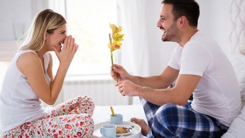 อยากให้สามีตกหลุมรักทุกวัน เป็นภรรยาที่ดี ที่น่ารัก ต้องทำอย่างไร?