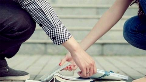 ดวงความรักจะราบรื่นหรือร้าวรานในเดือนมิถุนายน 2562 มาเช็กกัน!
