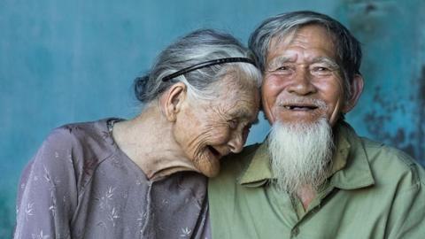 เคล็ดลับความสุข หากคิดได้ตาม 10 ข้อนี้ รับรองว่ารักกันไปจนแก่