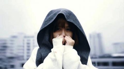 โรคความกลัว โฟเบีย (Phobia) คืออะไร? เกิดจากอะไร และมีวิธีรักษาหรือเปล่า?