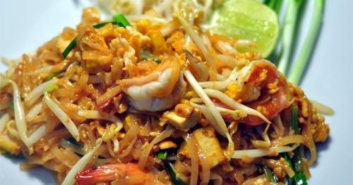 สูตรไม่ลับฉบับเต็ม! แจกสูตรผัดไทย ทำง่ายได้รสอร่อย